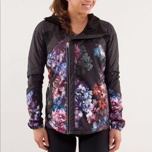 Lululemon Get Up and Glow Floral Jacket 6